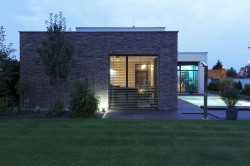 FAMILY HOUSE  09 / residential / built