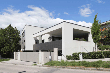 FAMILY HOUSE 026 / residential / built